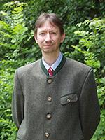 Hier Jagdschein machen: Dr. Bernhard Feichtner, Leiter der Jagdschule AJN